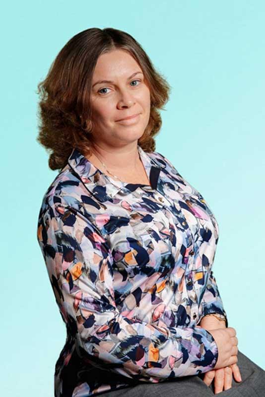 Корнеева Н.Б. Учитель английского и французского языка школы Образ